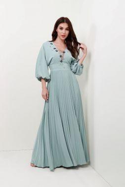 فساتين سواريه للقصيرات المحجبات - الفساتين ذات الخصر العالي تعطيكِ طول إضافي