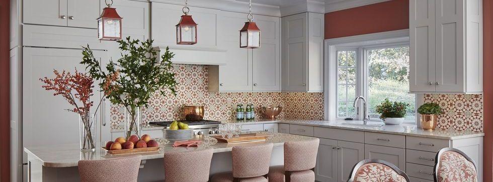 بالصور ديكورات للمطبخ باللون البرتقالي-مساحة المطبخ الكبير