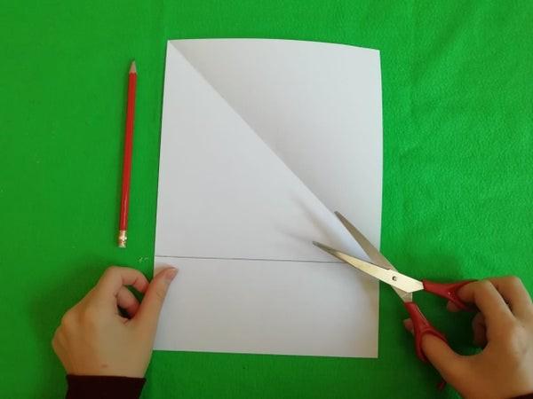 طريقة عمل لعبة السلم والثعبان للأطفال-تحضير الورق
