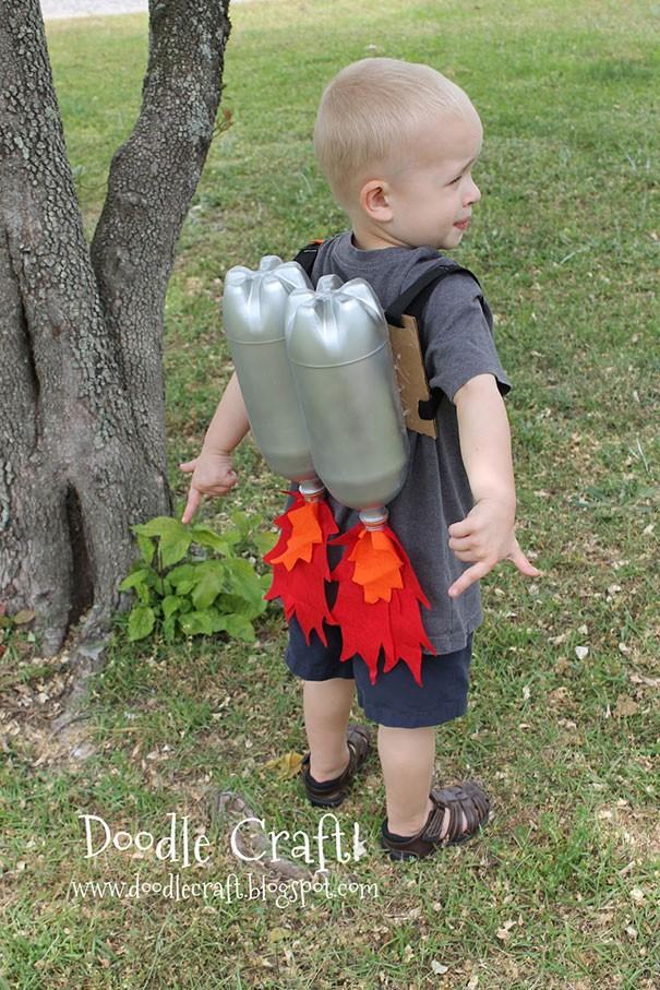 7 أفكار بسيطة لاعادة تدوير الزجاجات الفارغة-ألعاب للأطفال