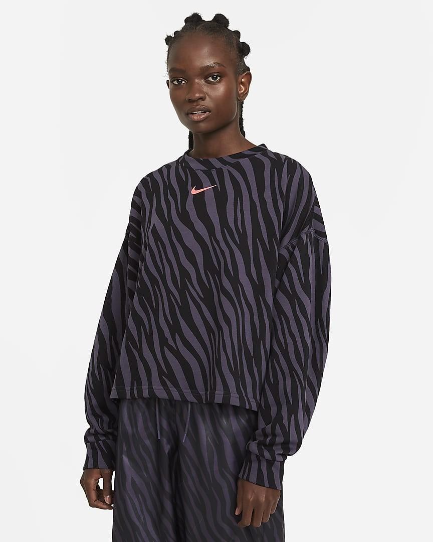 أشكال ملابس رياضية-ملابس طبعة الفهد