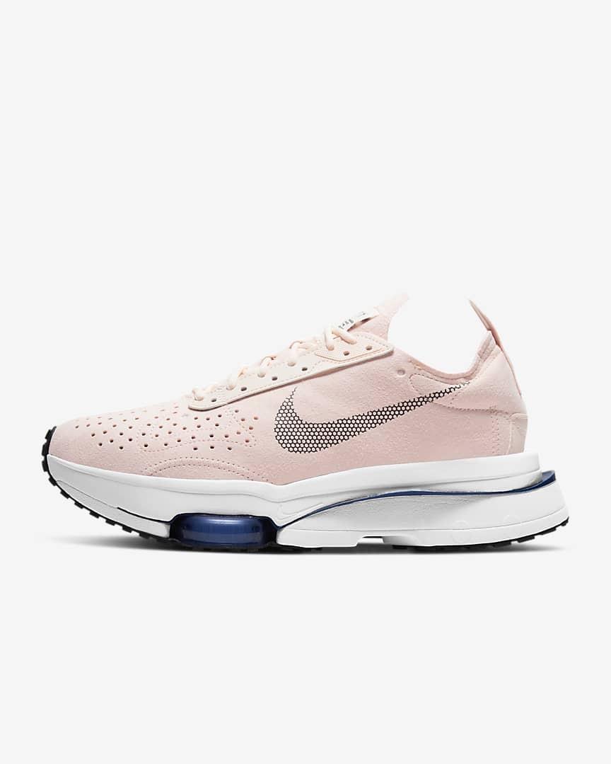 أشكال ملابس رياضية-حذاء رياضي نايك