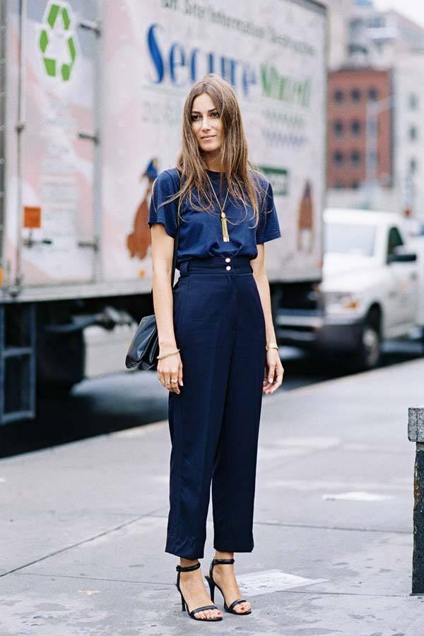 ملابس للعمل باللون الأزرق-بنطلون أزرق واسع