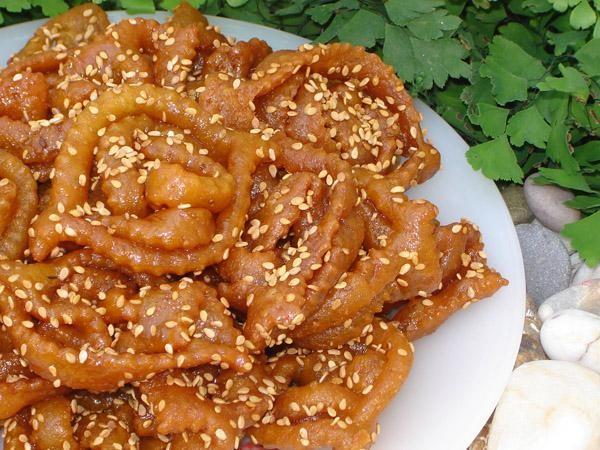 حلويات العيد الجزائرية - طريقة عمل القريوش الجزائري