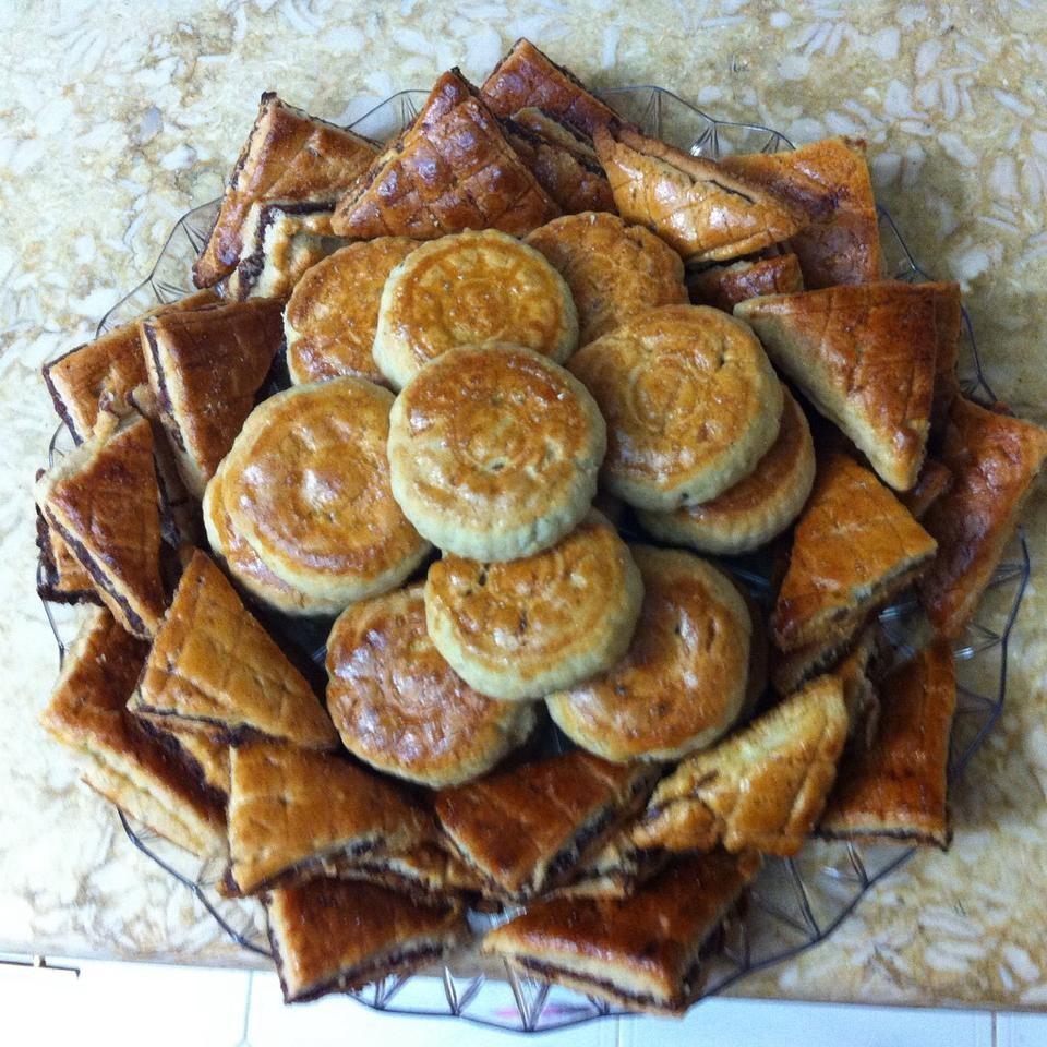 حلويات العيد السورية - طريقة عمل الكليجة