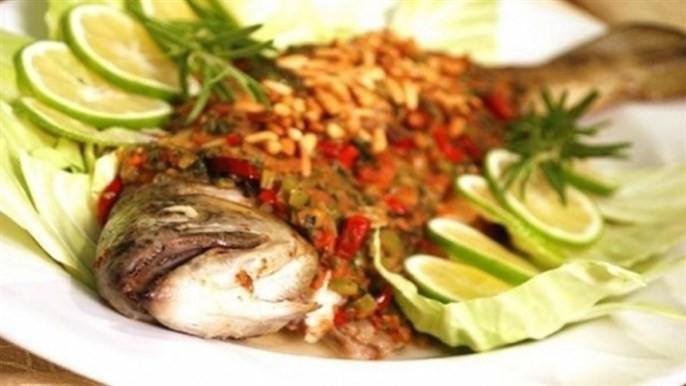 أكلات شامية - طريقة عمل سمكة حرة