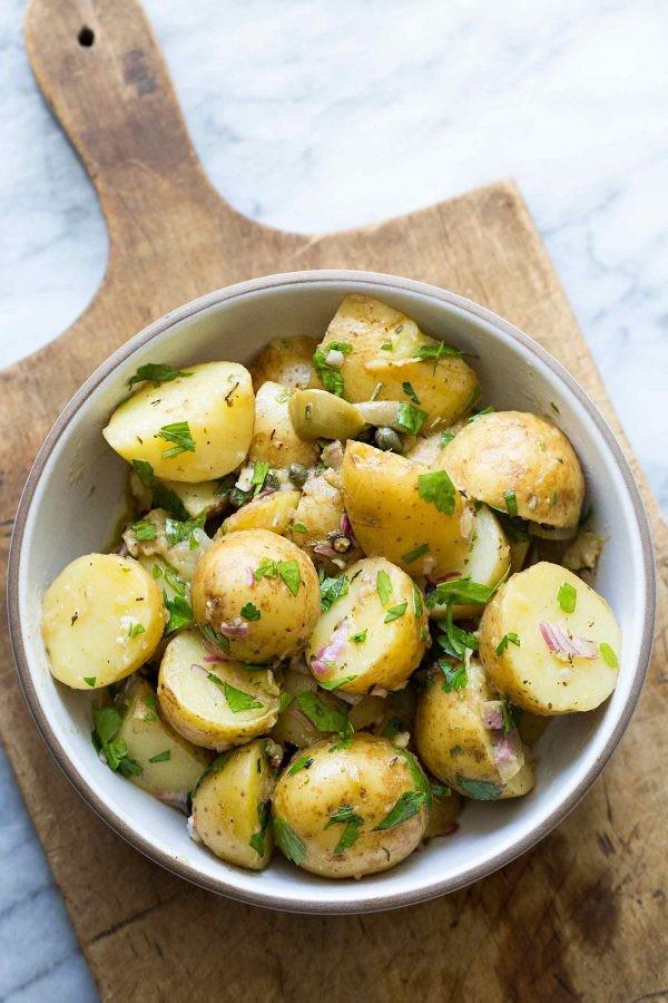 أكلات سريعة التحضير بالبطاطس - طريقة عمل سلطة البطاطس الحارة