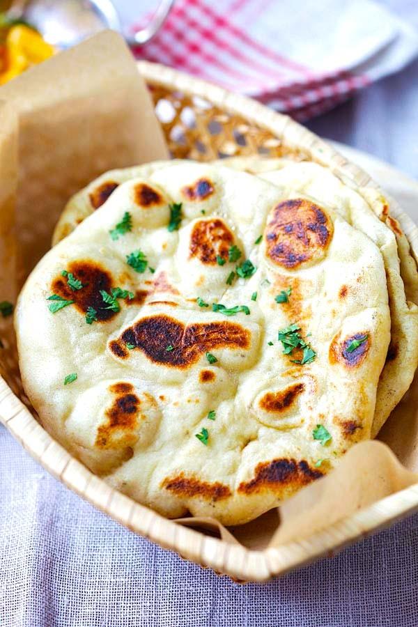 أشهر الأكلات الهندية - طريقة عمل خبز النان الهندي