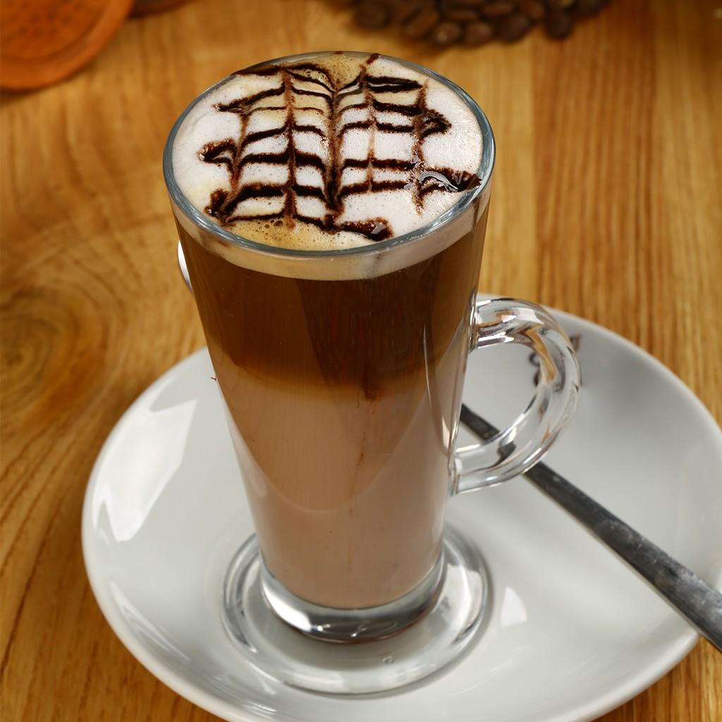 أنواع القهوة في الكافيهات - طريقة عمل الموكا في المنزل