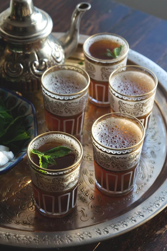 فطور صباحي مغربي - طريقة عمل شاي الأتاي المغربي