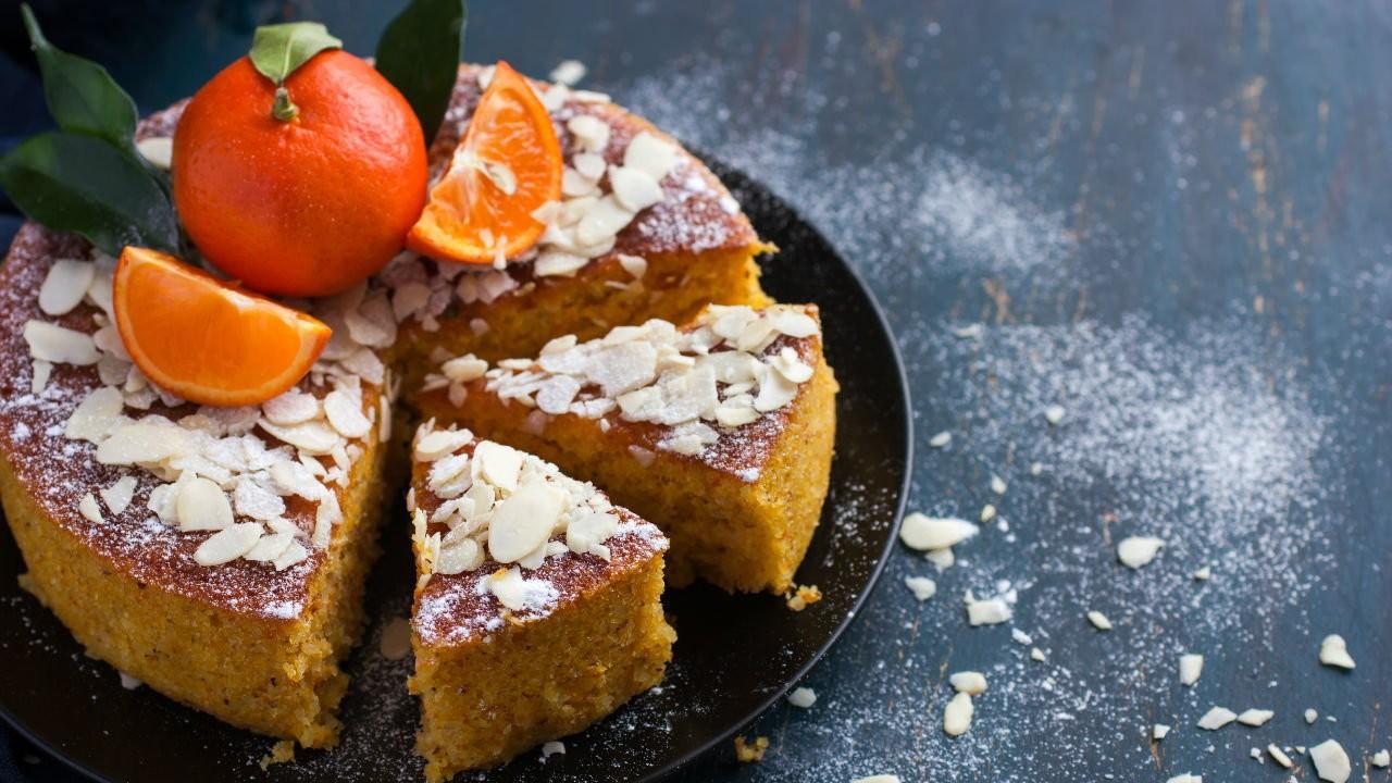 أنواع الكيكات المغربية - طريقة عمل كيك البرتقال واللوز المغربي
