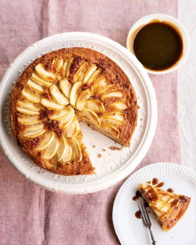 أنواع الكيكات المغربية - طريقة عمل كيكة التفاح