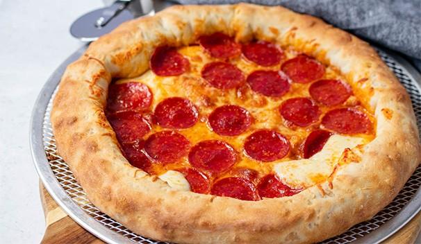 حشوات للبيتزا - طريقة عمل بيتزا البيبروني