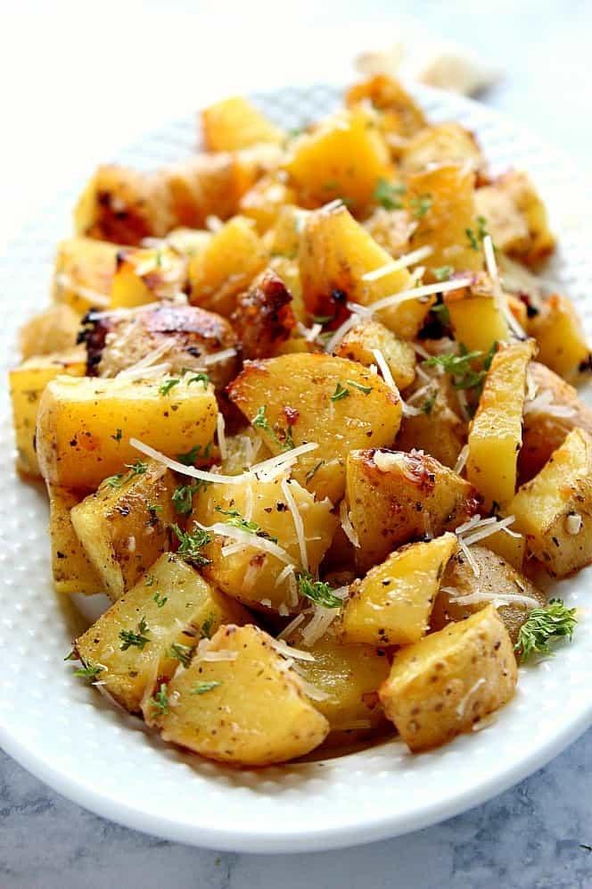 وصفات بطاطس مشوية - طريقة عمل البطاطس المشوية بصوص الرانش