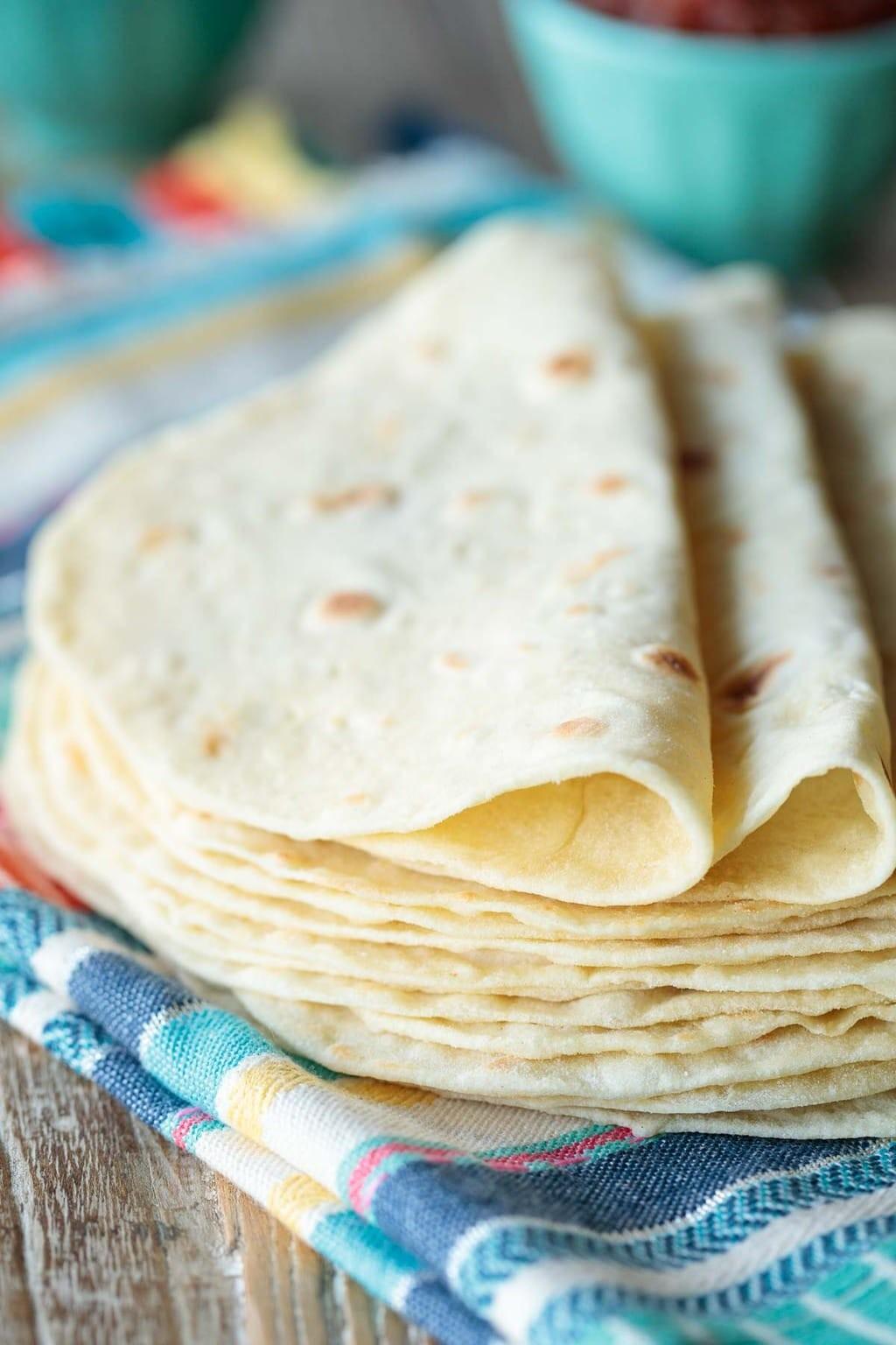 وصفات مكسيكية - طريقة عمل خبز التورتيلا