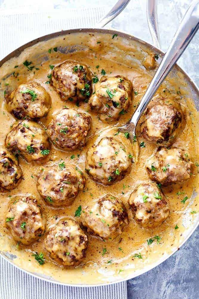 وصفات من المطبخ الأوروبي - طريقة عمل كرات اللحم السويدية