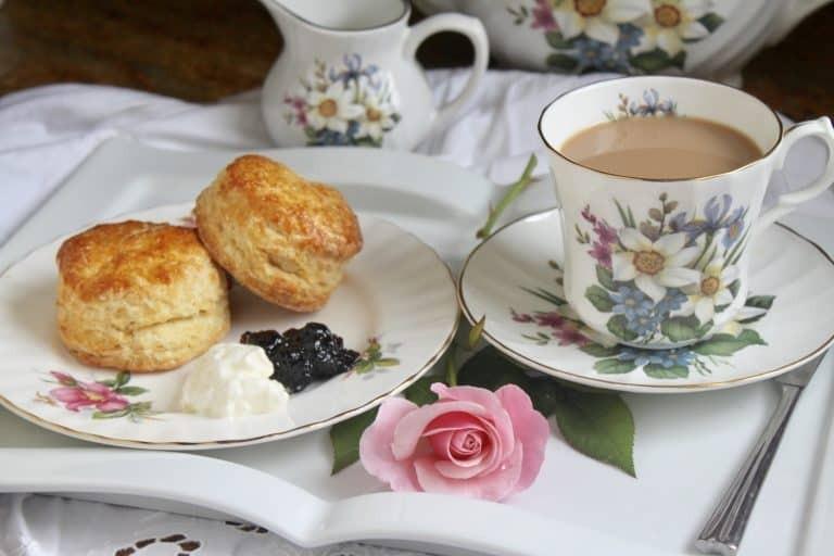 نكهات عالمية لإعداد الشاي - طريقة عمل الشاي الإنجليزي
