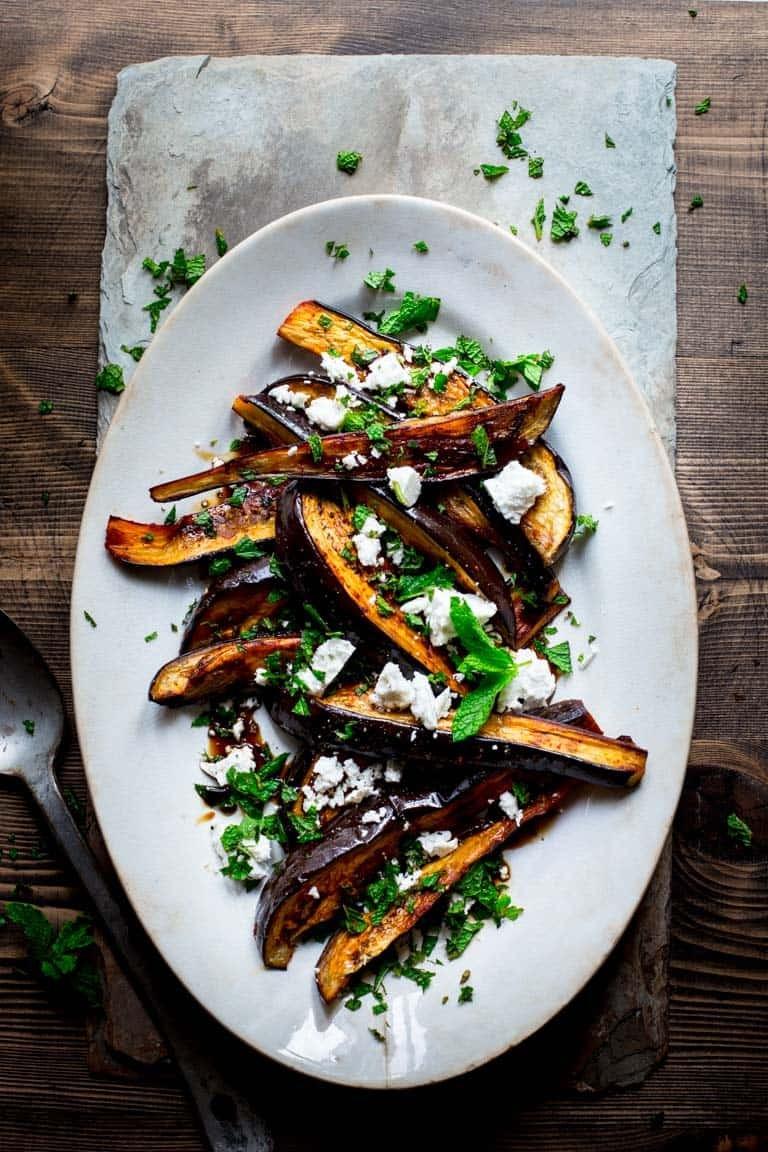 أكلات بدبس الرمان - طريقة عمل سلطة الباذنجان بدبس الرمان والفيتا