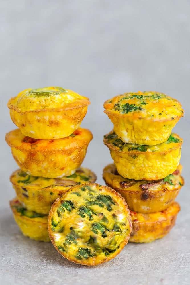وصفات مافن للإفطار - طريقة عمل مافن البيض بالسبانخ واللحم المقدد