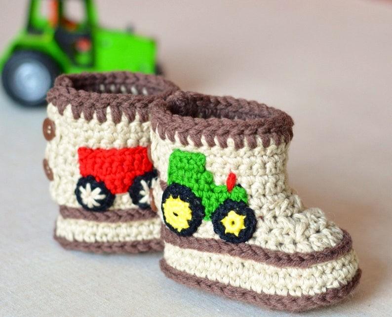 عمل أحذية أطفال بالكروشيه - أحذية كروشيه تناسب الأولاد
