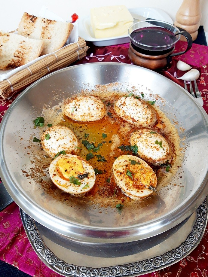 وصفات بيض للفطور - طريقة عمل البيض المسلوق على الطريقة التركية