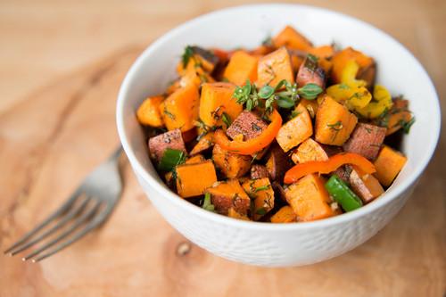 وصفات فطور بدون بيض - طريقة عمل البطاطا الحلوة بالزبادي والموز