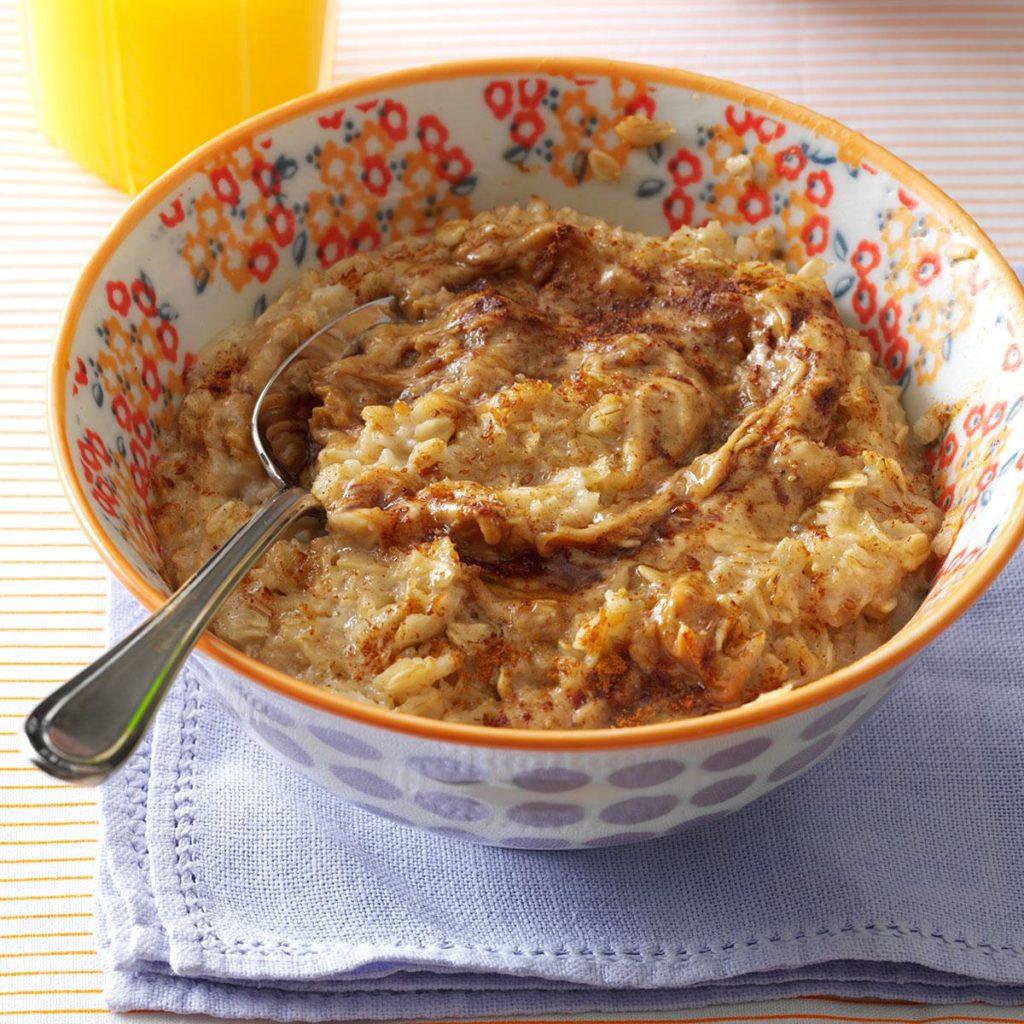 وجبات بعد التمرين - طريقة عمل الشوفان بزبدة الفول السوداني