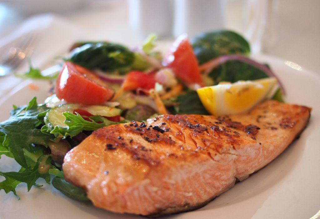 أطعمة لا تؤكل مع بعضها - اللحوم والنشويات