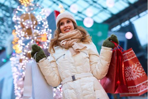موضة ملابس الشتاء - المعاطف المنفوخة