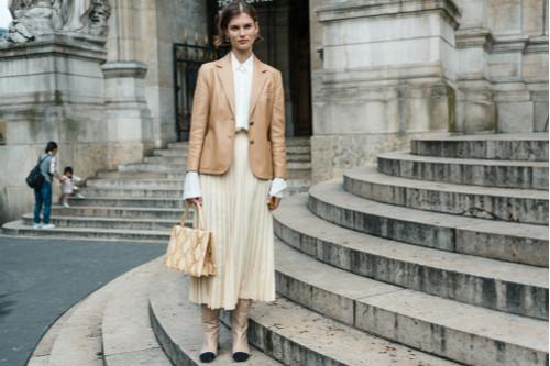 موضة ملابس الشتاء - التنورات البليسيه