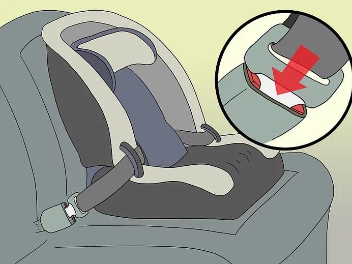 كيفية تركيب كرسي الأطفال في السيارة - ثبتي الكرسي بحزام أمان السيارة
