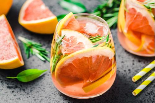 مشروبات الديتوكس - طريقة عمل مشروب ديتوكس الجريب فروت والزنجبيل