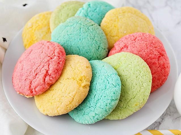 حلويات العيد الجديدة-طريقة عمل غريبة ملونة