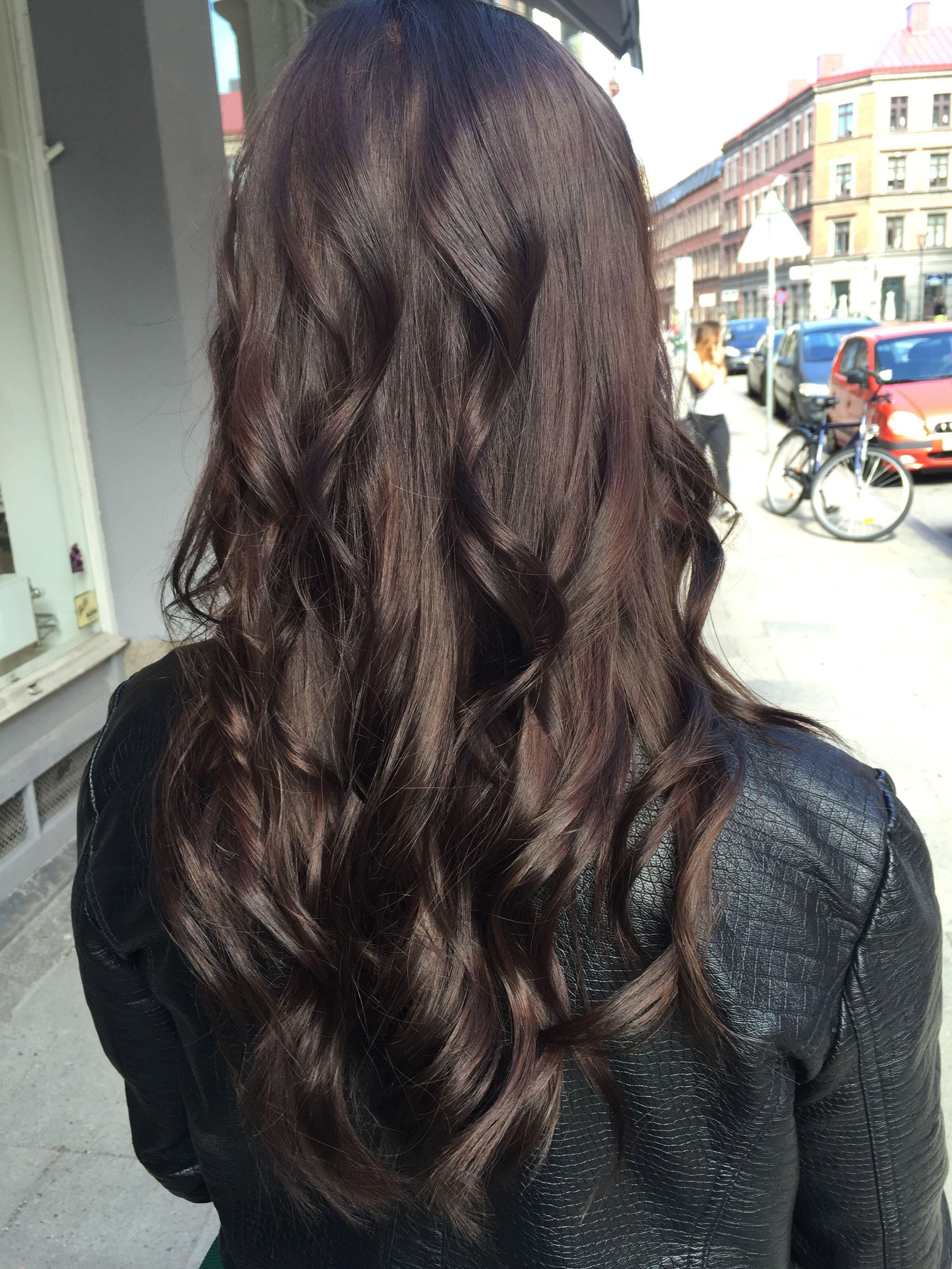 ألوان صبغات الشعر- اللون البني الشوكولاتة الداكن