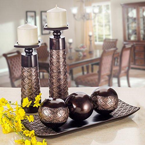 ترتيب طاولة الطعام - إكسسوارات المائدة الخشبية أو المعدنية