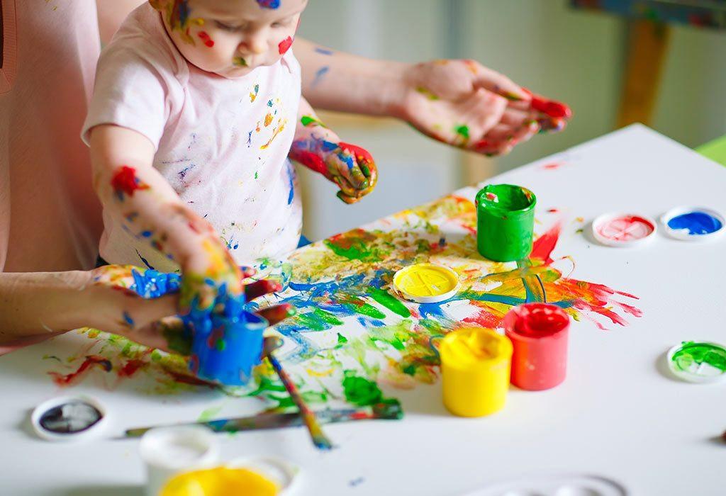 تنمية مهارات الطفل عمر سنتين - لعبة التلوين لتنمية المهارات