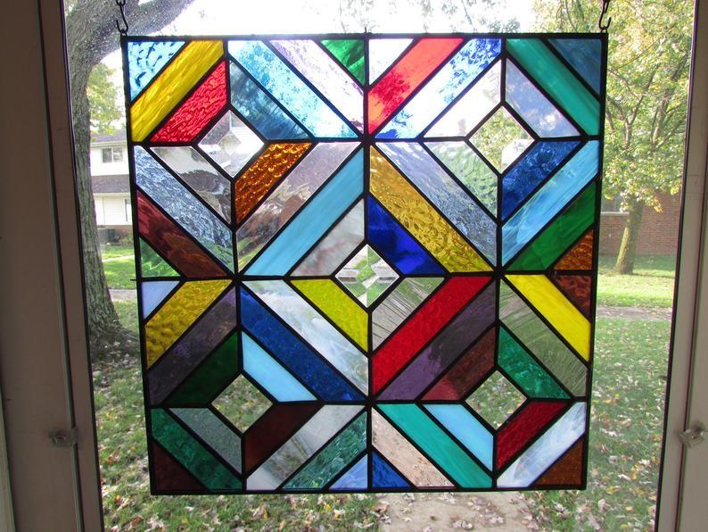 انواع زجاج الشبابيك-زجاج النوافذ الملونة