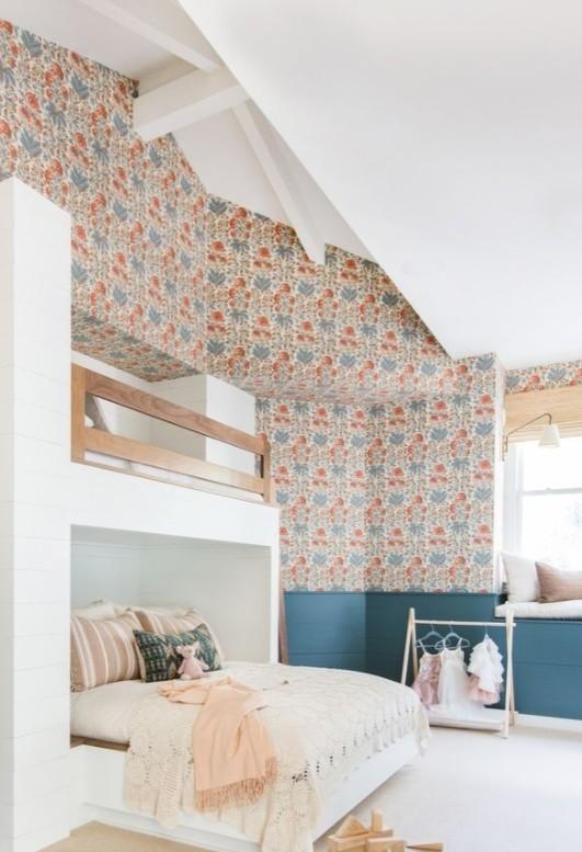 أشكال غرف نوم أطفال كلاسيك بسريرين - غرفة نوم أطفال باللون الأبيض