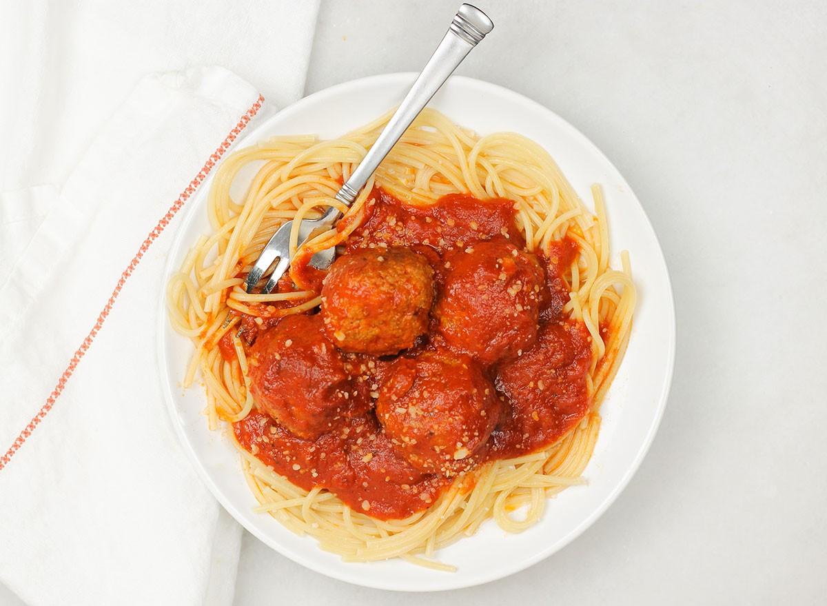 كرات اللحم الايطالية الكلاسيكية - أكلات للتفريز للموظفات