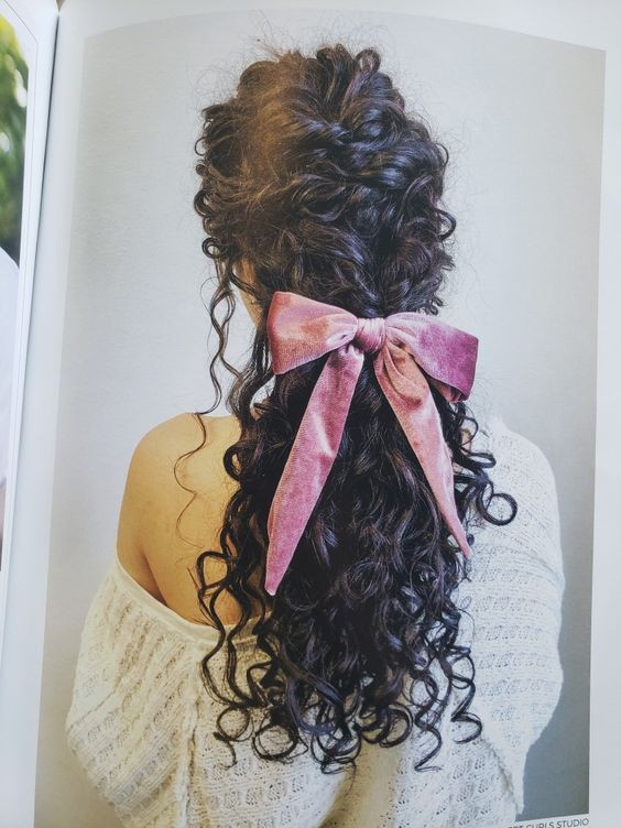 تصفيف-الشعر-الكيرلي-تسريحة1