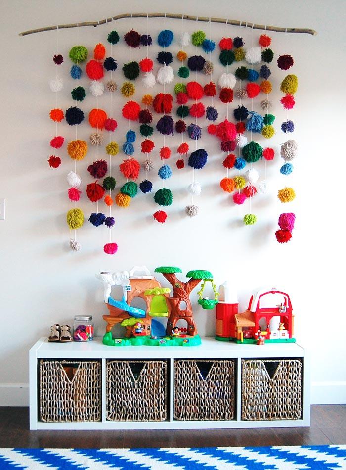 تزيين غرف الأطفال بالأعمال اليدوية - كرات البوم بوم