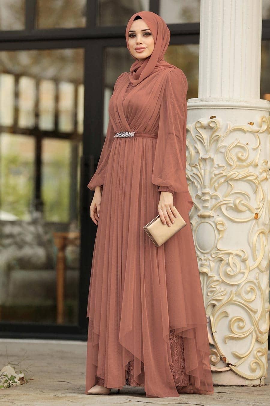 فساتين سواريه للجسم الممتلئ للمحجبات- الفساتين الواسعة