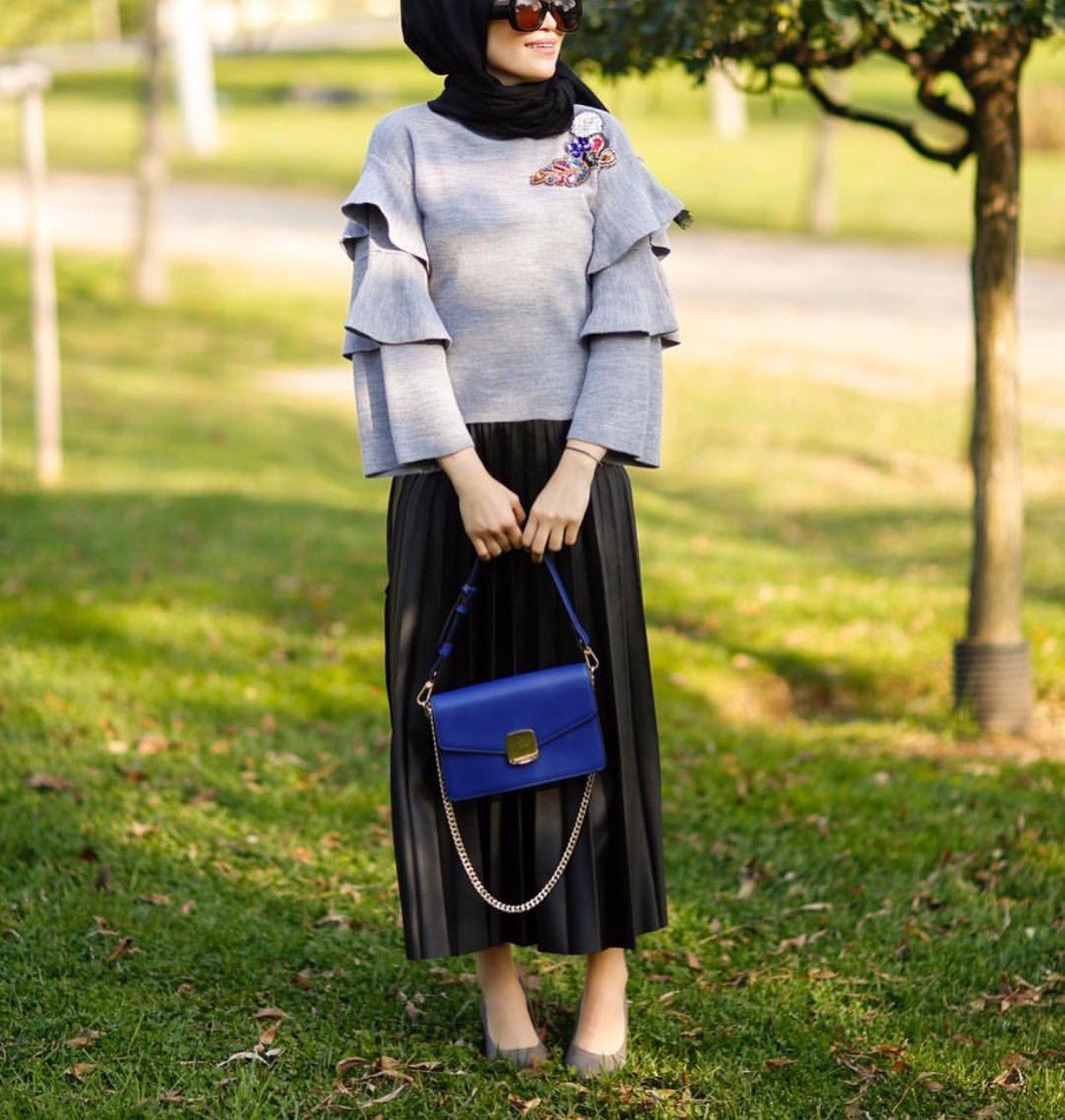 أحدث صيحات موضة ملابس شتاء 2021- البلوزة ذات الأكمام الواسعة