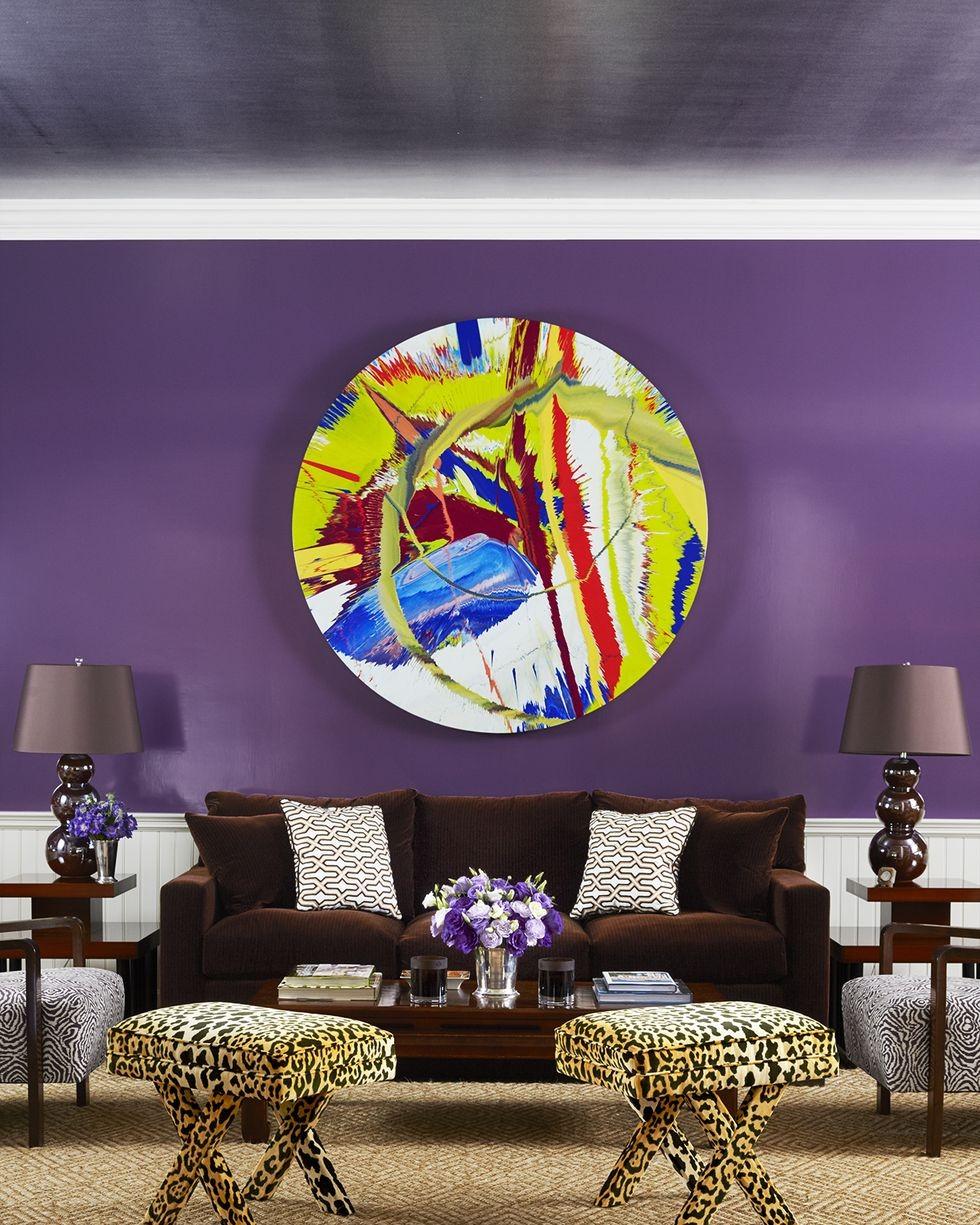 غرفة المعيشة باللون الموف- الموف النابض