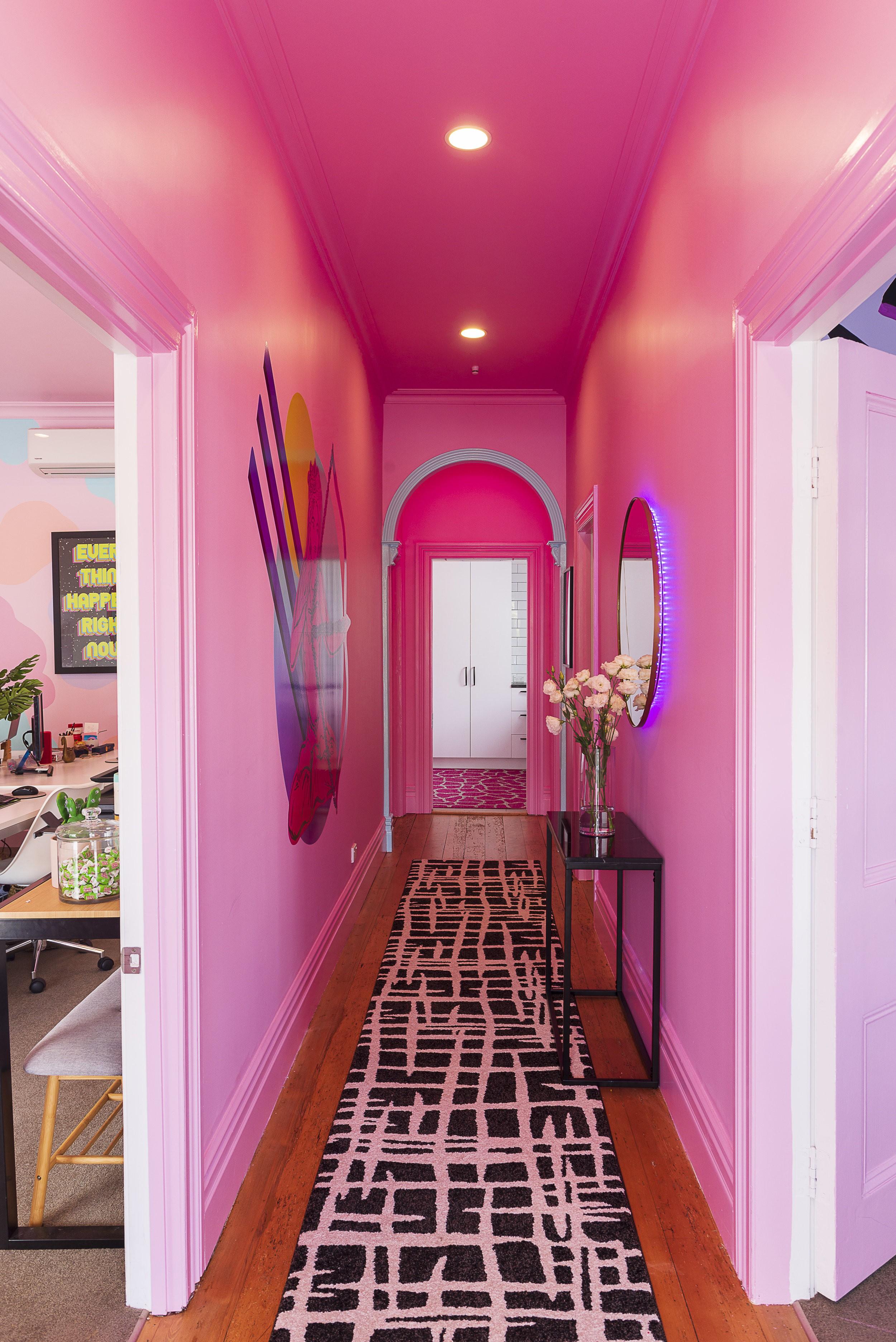 بالصور ديكور مدخل المنزل باللون الوردي- مدخل باللون الوردي