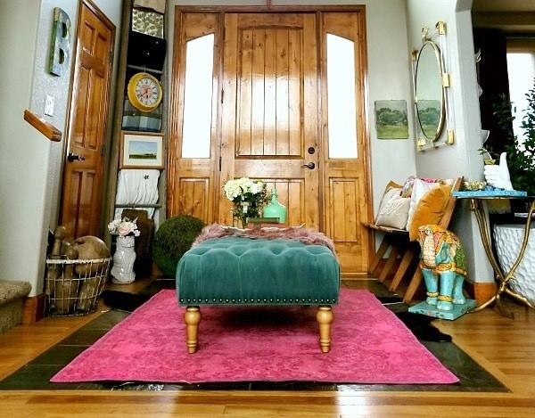 بالصور ديكور مدخل المنزل باللون الوردي- سجادة بالوردي
