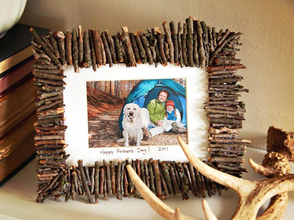ديكورات خشب للمنزل - إطار صور خشبي