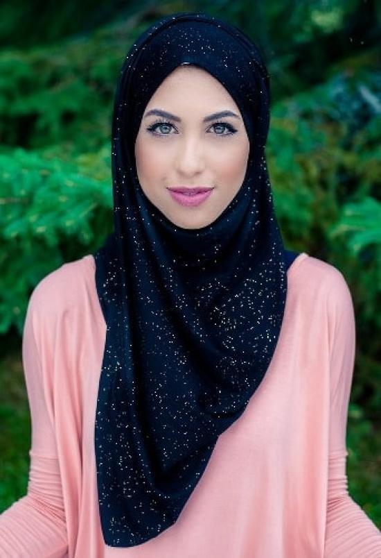 ملابس محجبات- لفة الحجاب التقليدي