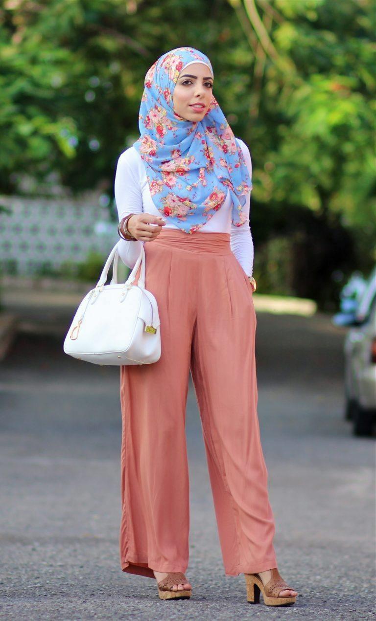 ملابس المحجبات في النهار- إطلالة نهارية بالبنطال