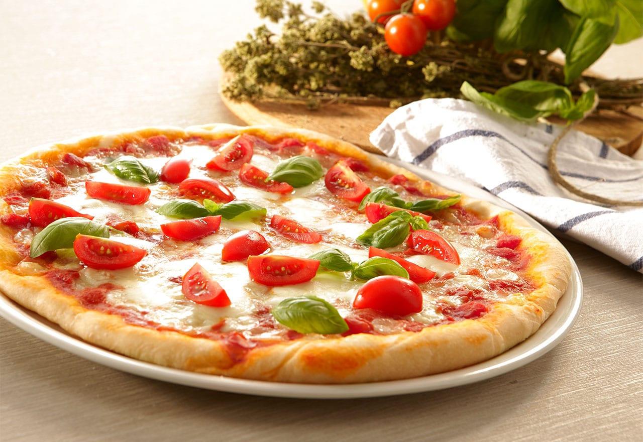 أشكال مختلفة للبيتزا بالصور- بيتزا بالخضروات